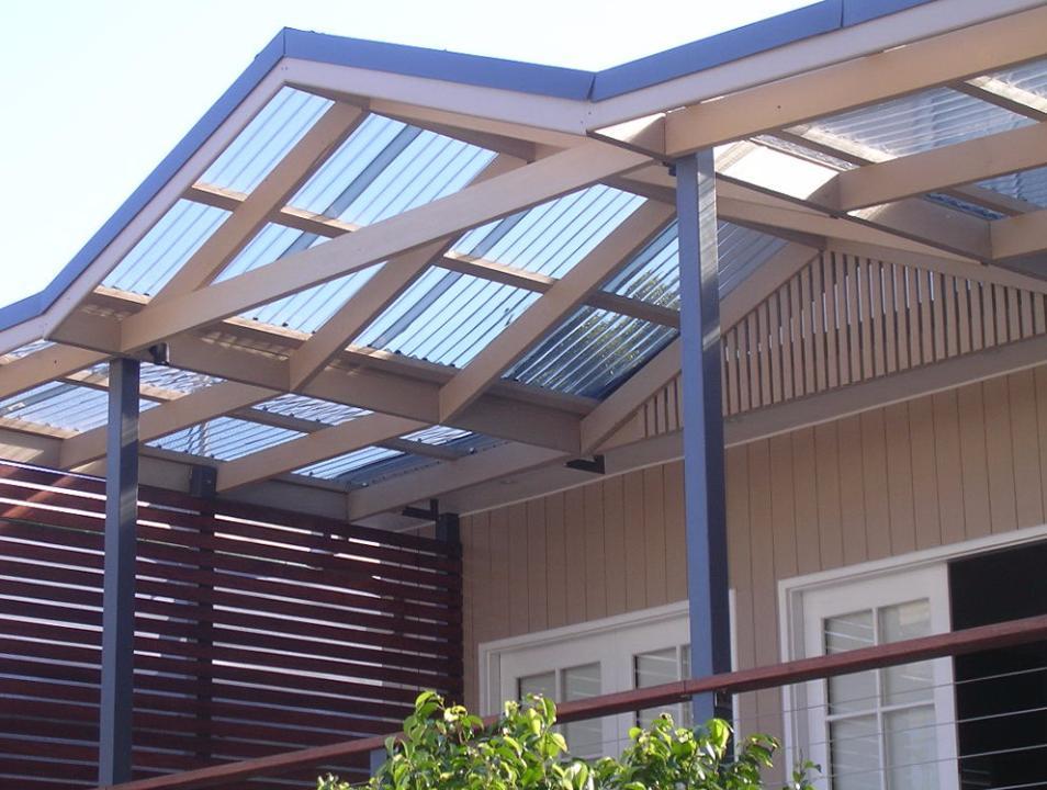 Как сделать крышу из сотового поликарбоната?