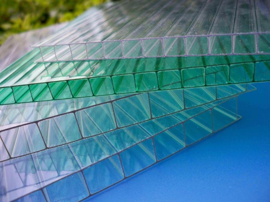 Сотовый поликарбонат: надежная защита от ультрафиолетового излучения